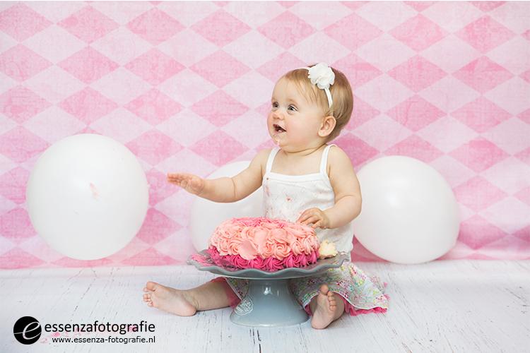 cake-smash-fotoshoot-hoogeveen-010-fotograaf